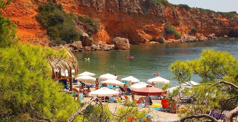 Один из пляжей острова Алонисос (Греция)