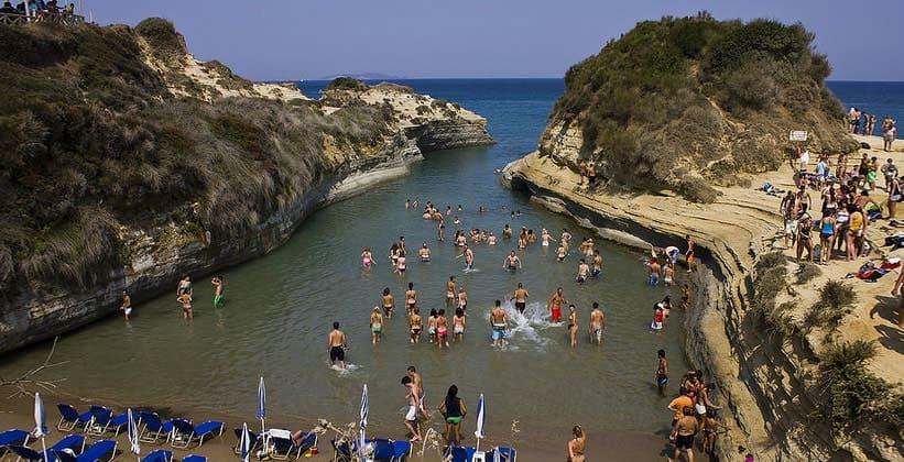 Пляж Sidari на острове Корфу