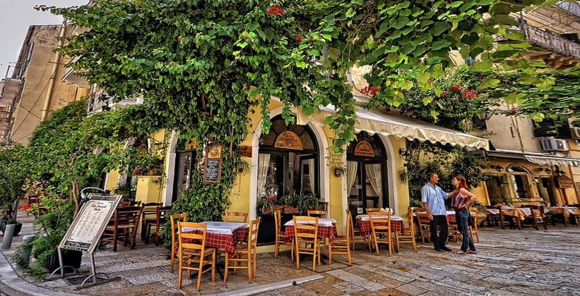 Таверна Barbas Porta Remounda в городе Керкира (Греция)