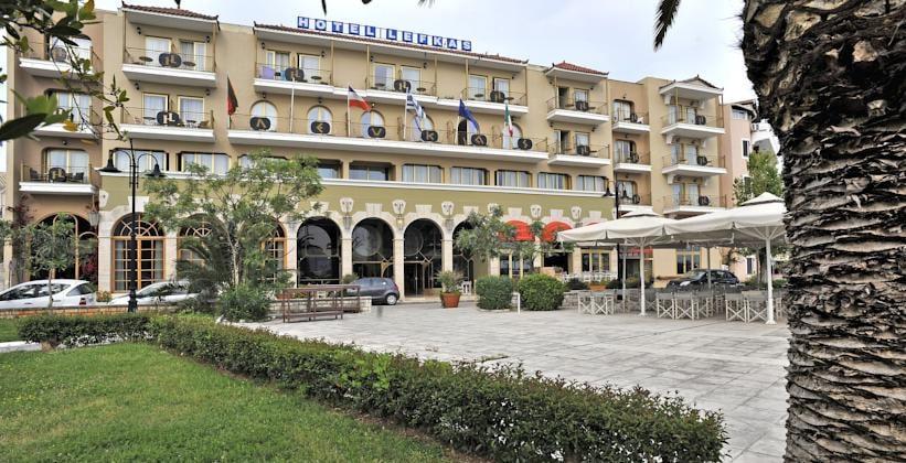 Отель Lefkas в городе Лефкада