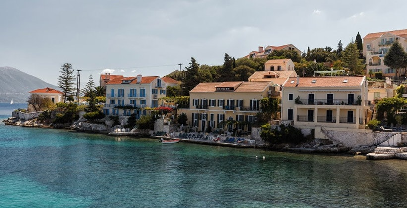 Городок Фискардо на острове Кефалония (Греция)