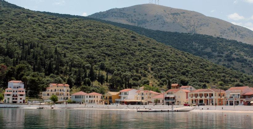 Греческий городок Сами (остров Кефалония)