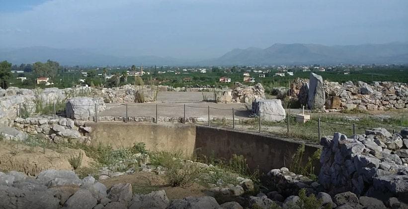 Руины древнего Тиринфа (Греция)