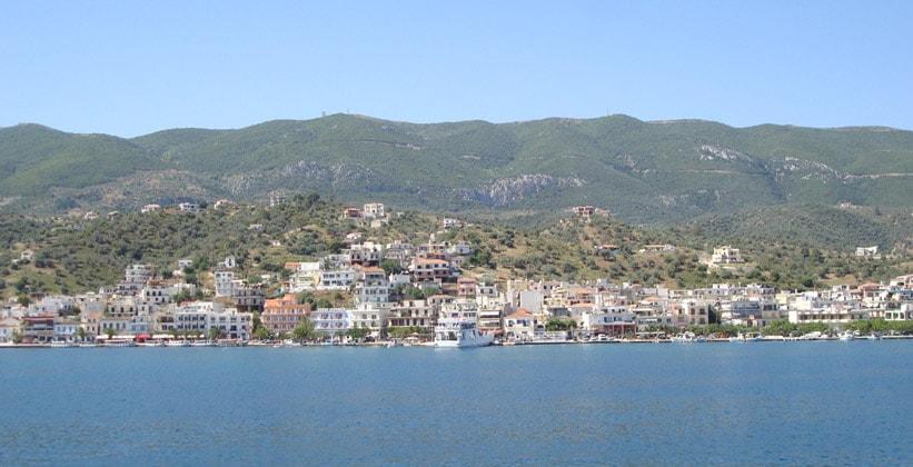 Курортный городок Галатас в Греции
