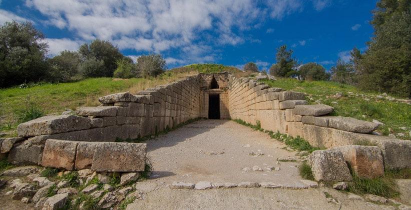 Сокровищница Атрея в Греции