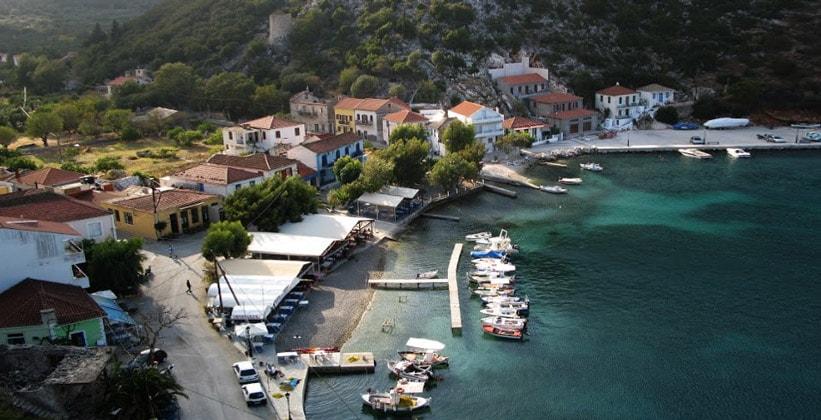 Деревня Фрикес в Греции
