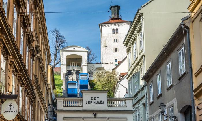 Фуникулёр и башня Лотрщак в Загребе