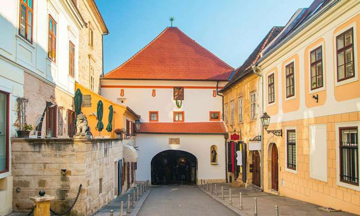 Каменные ворота Загреба