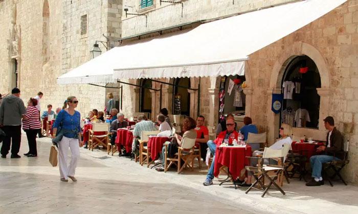 Кафе «Festival» в Дубровнике