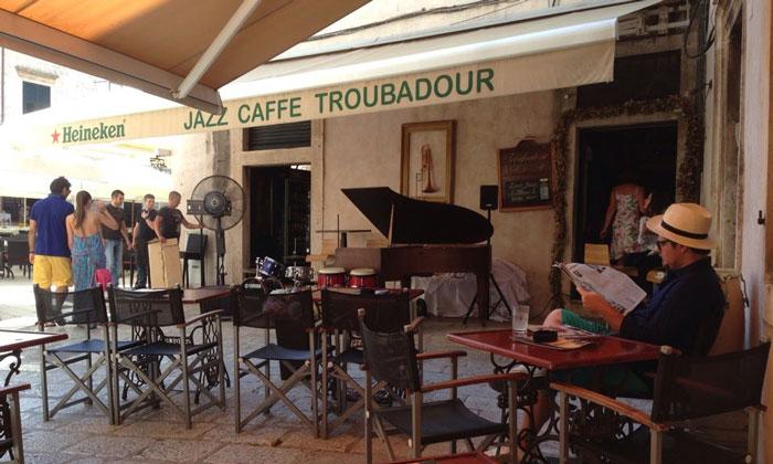 Кафе «Troubadour Hard Jazz» в Дубровнике