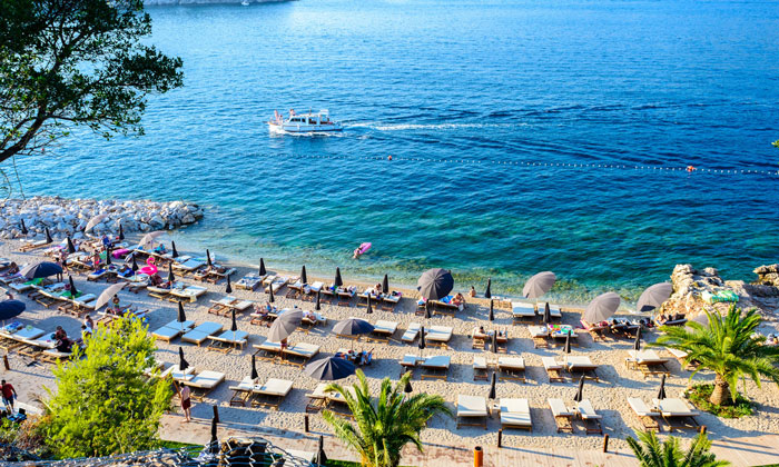 Пляж «Copacabana» в Дубровнике
