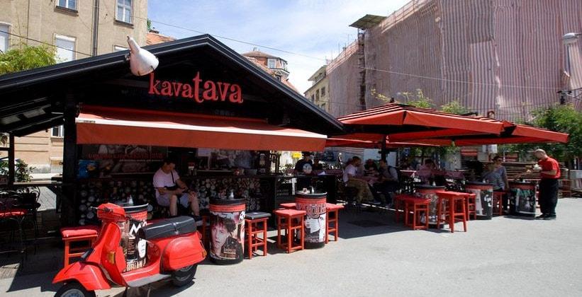 Кафе Kava Tava в Загребе (Хорватия)