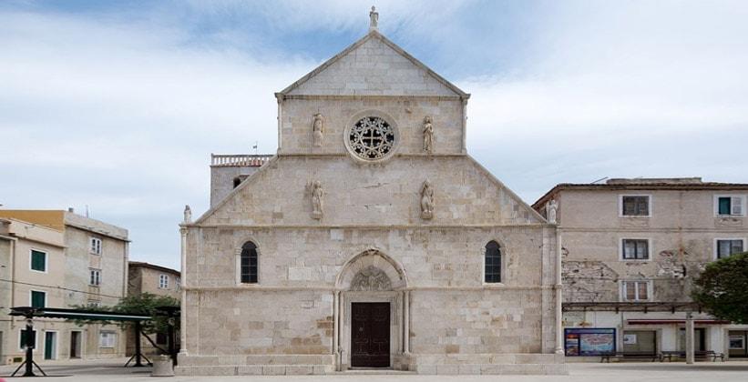 Базилика Успения Пресвятой Богородицы в городе Паг (Хорватия)