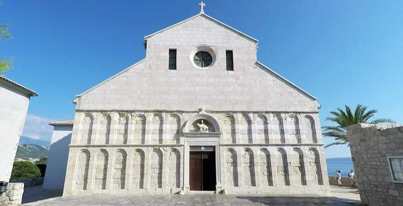 Церковь Святой Марии в городе Раб (Хорватия)