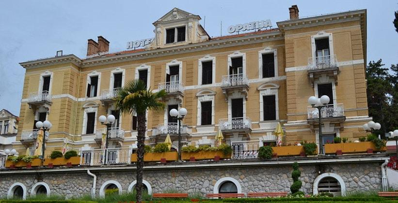 Одноимённый отель Опатия