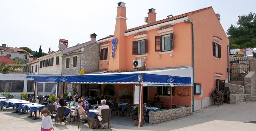 Ресторан Mol в Вели-Лошинь (Хорватия)