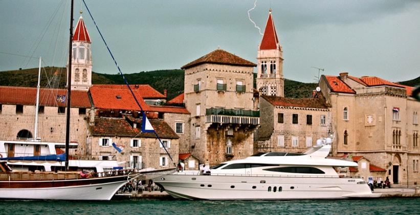 Город Трогир в Хорватии
