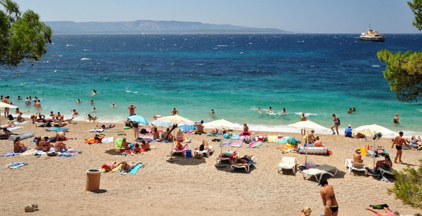 Один из пляжей Бола (Хорватия)