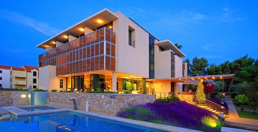 Отель Amor в Супетаре