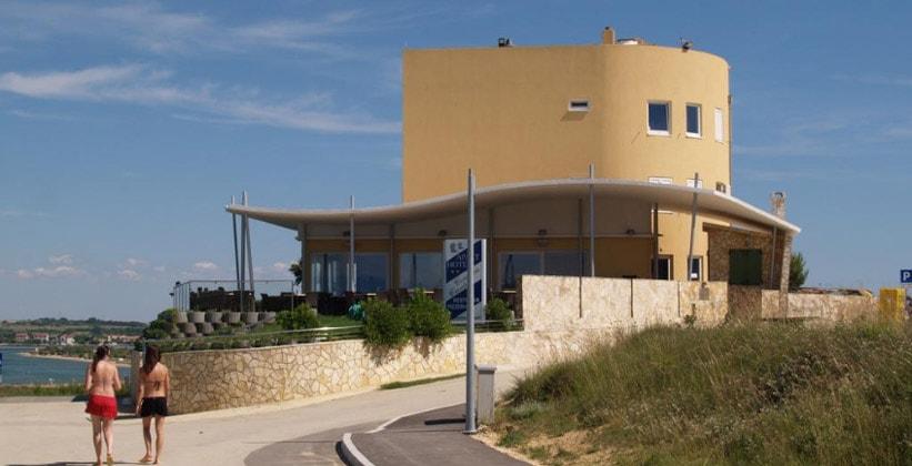 Отель Aparthotel Condura в Нине