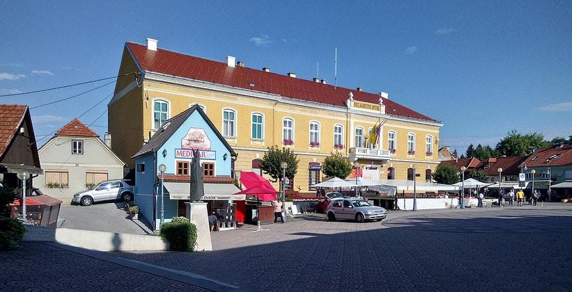 Ратуша города Мария-Бистрица (Хорватия)