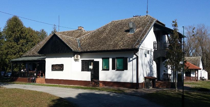 Ресторан Kormoran в парке Копачки-Рит (Хорватия)