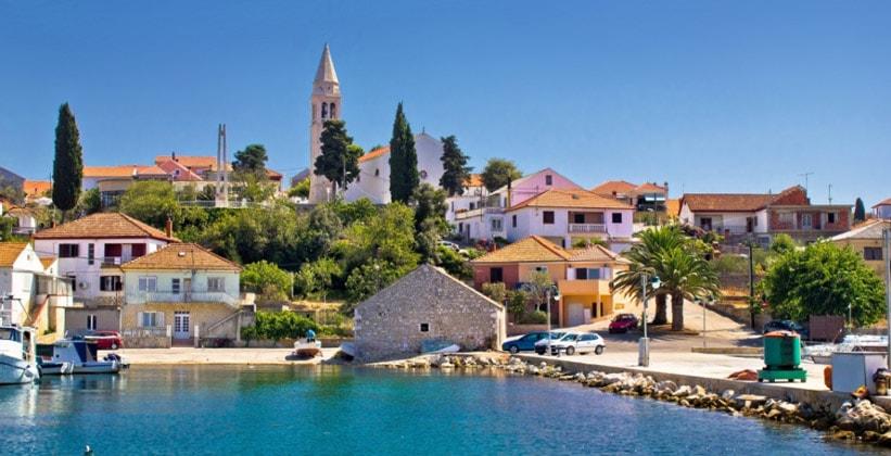 Деревня (курорт) Кали в Хорватии