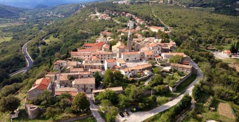 Деревня Роч в Хорватии