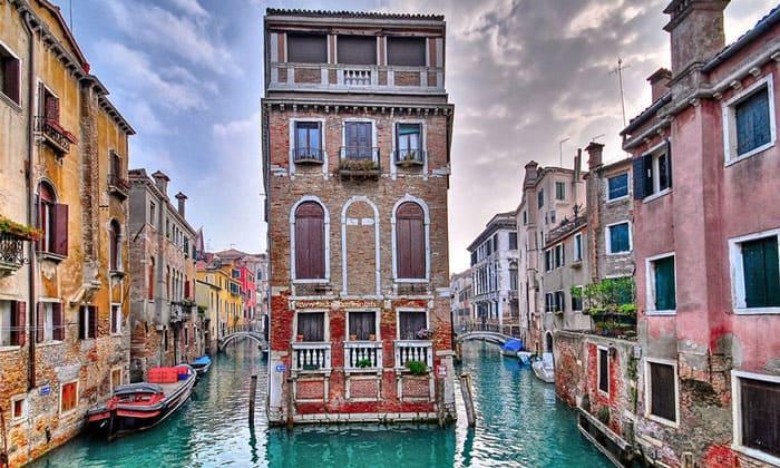 Два канала Венеции
