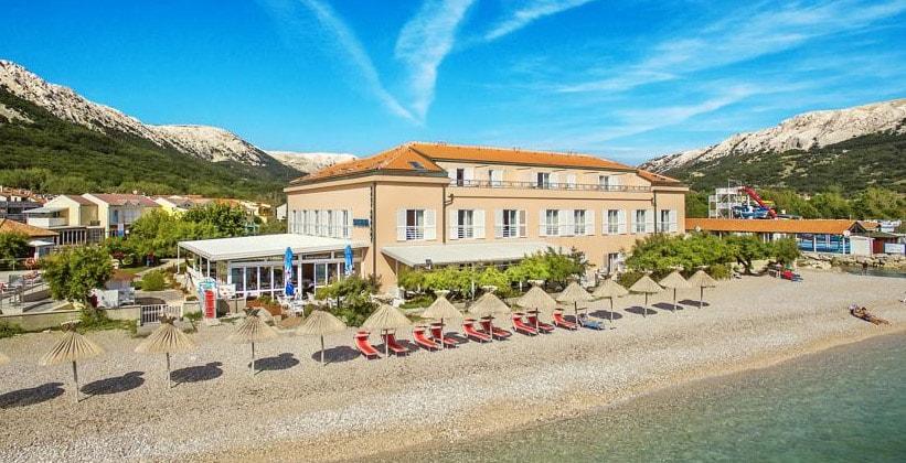 Отель Tamaris в Башке (Хорватия)