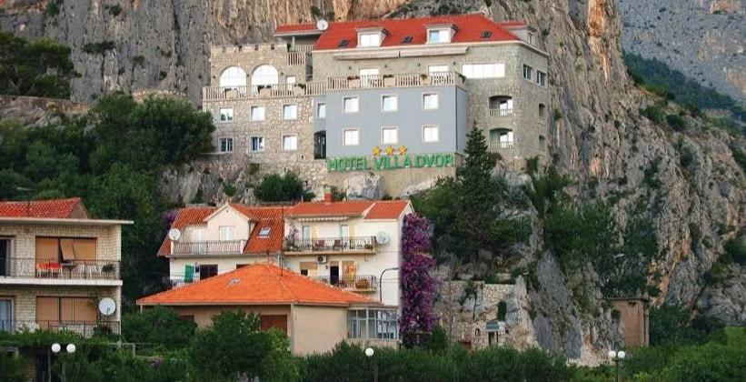 Отель Villa Dvor в Омише (Хорватия)