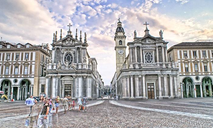 Площадь Сан-Карло в Турине