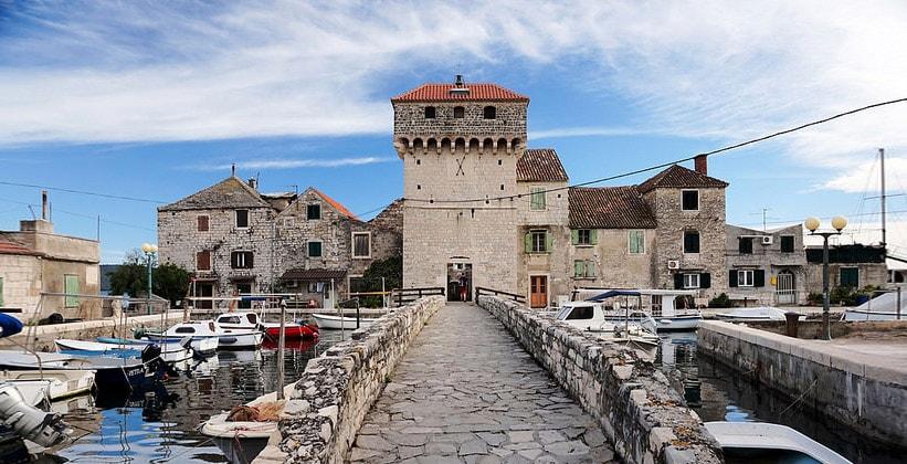 Поселение Каштел-Гомилица в Хорватии