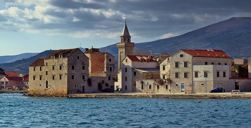 Поселение Каштел-Нови в Хорватии