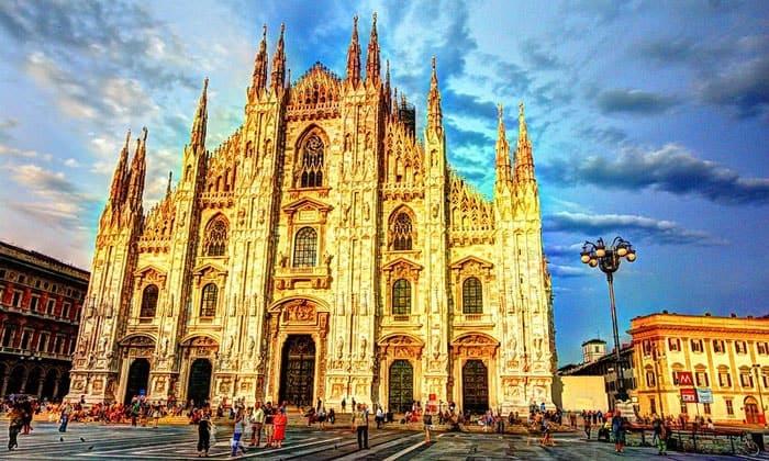 Собор Рождества Девы Марии в Милане