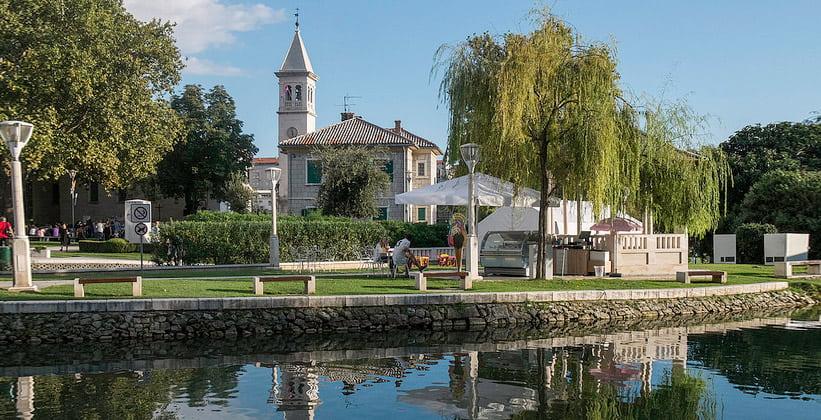 Современный город Солин в Хорватии