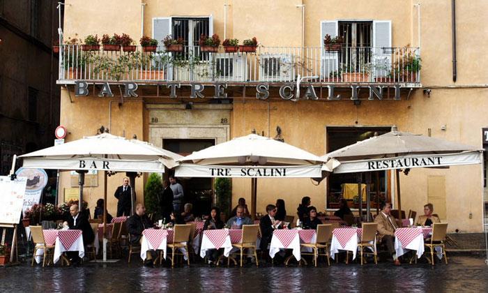 Бар Tre Scalini в Риме