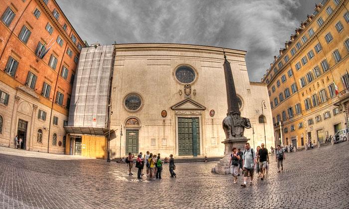 Базилика Святой Марии над Минервой в Риме