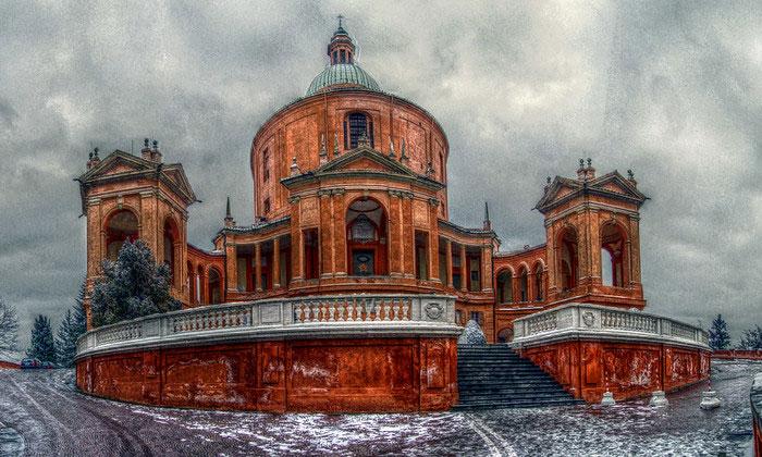 Церковь Мадонна-ди-Сан-Люка в Болонье