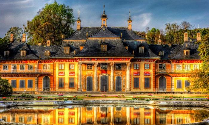 Дворец-замок Пилльниц в Дрездене