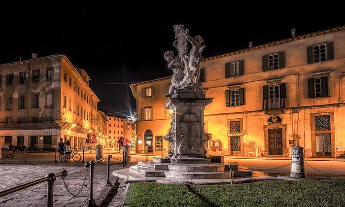 Фонтан с ангелами в Пизе