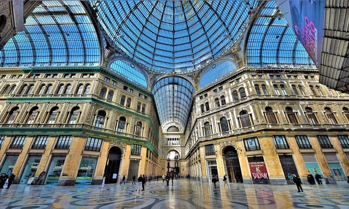 Галерея (торговый пассаж) Умберто I в Неаполе