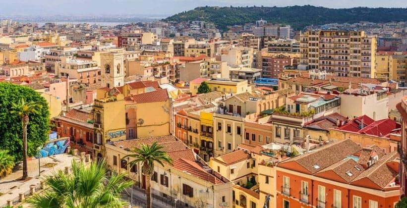 Город Кальяри в Италии