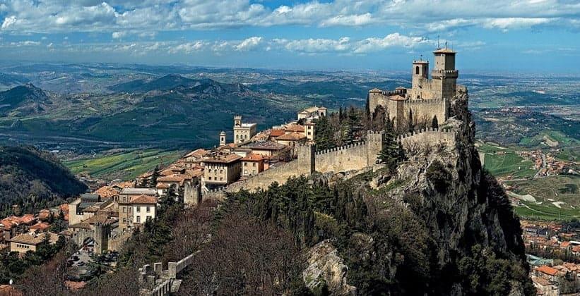 Город Равенна в Италии