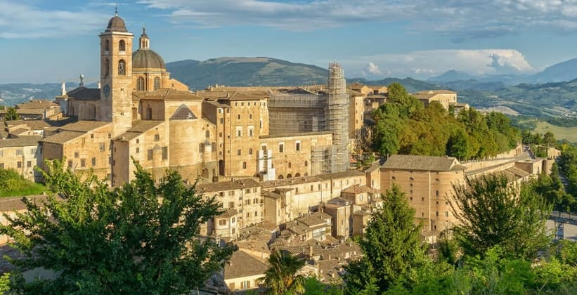 Город Урбино в Италии