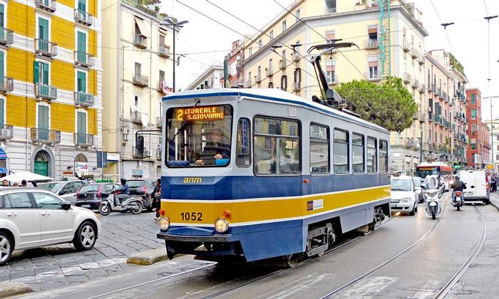 Городской трамвай Неаполя