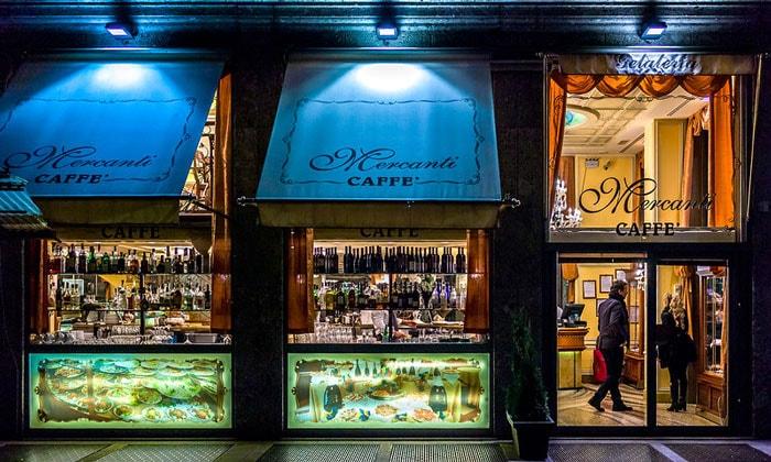 Ресторан-кафе Mercanti в Милане