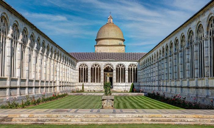 Кладбище Кампо-Санто в Пизе