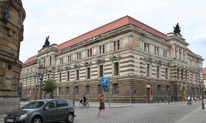 Музей Альбертинум в Дрездене