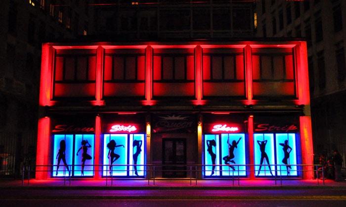 Танцевальный (стриптиз) клуб Queen в Милане